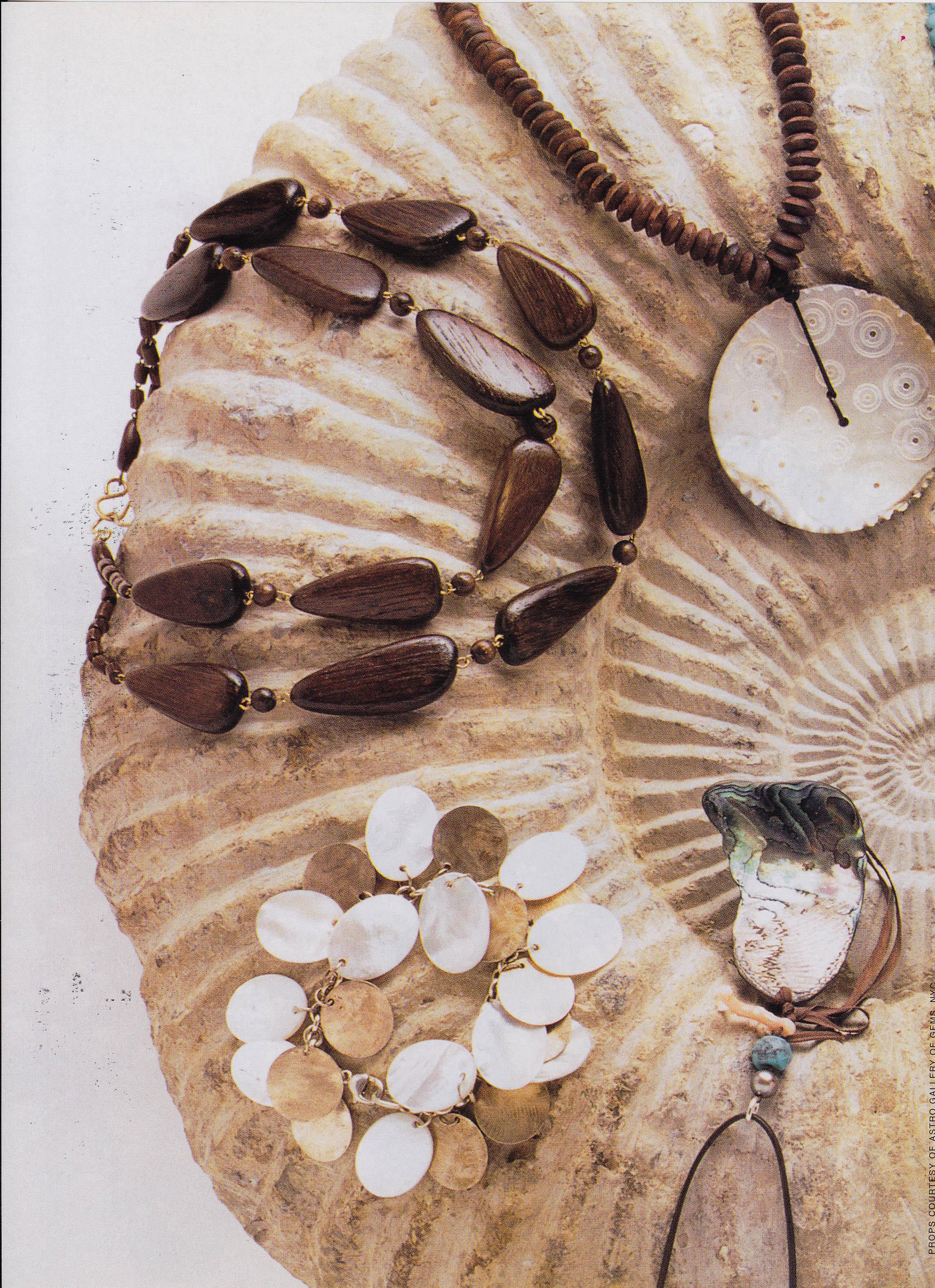 September 2002 Accessories Magazine