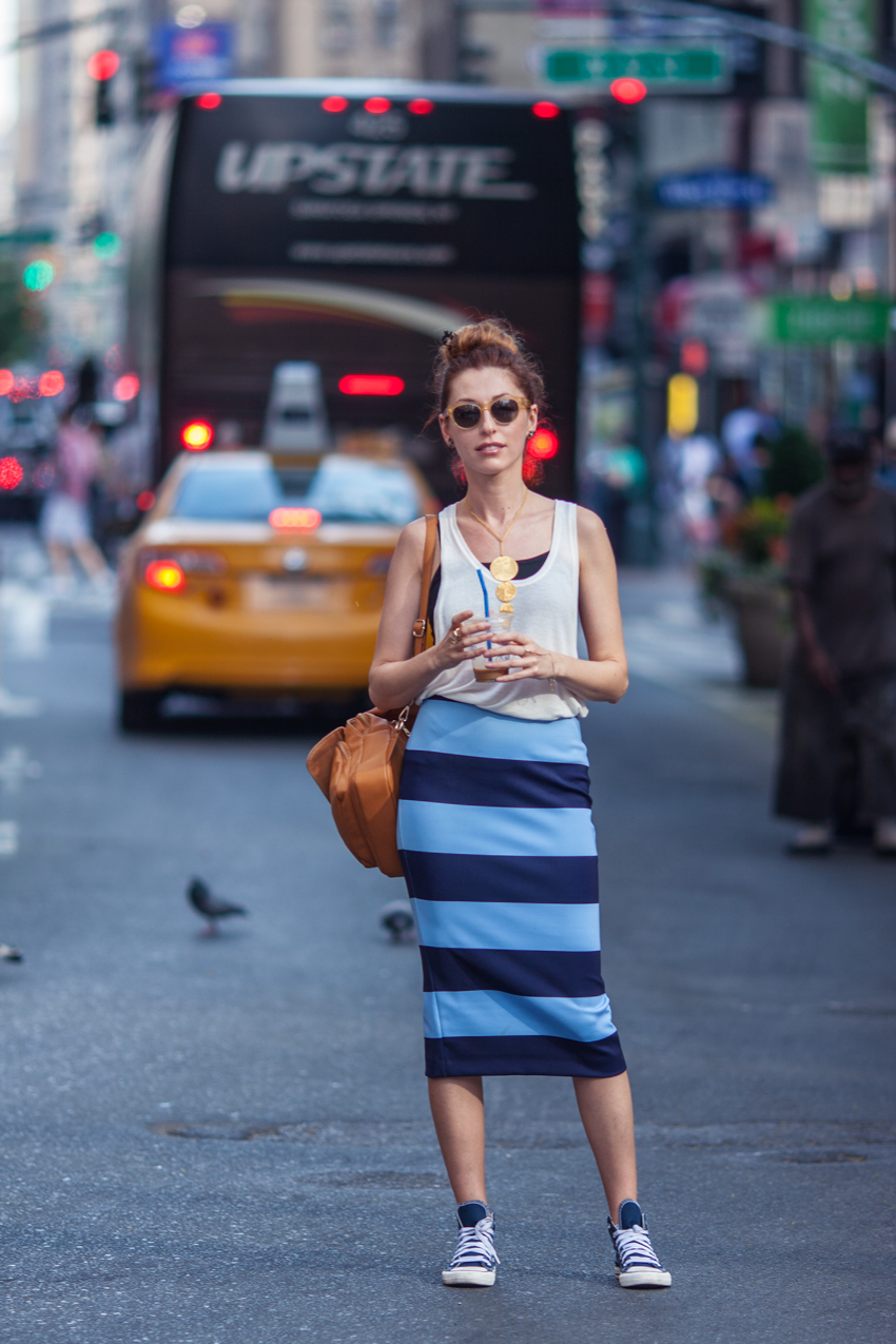 saida-mouradova-twenty-five-hundred-blog-striped-pencil-skirt-converse-sneakers-street-style-look (1)