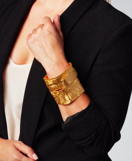 bangles, gold